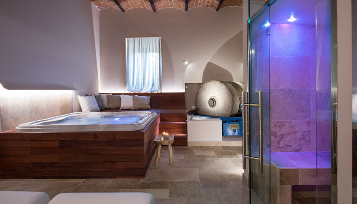 Farm Holidays wellness center Tuscany